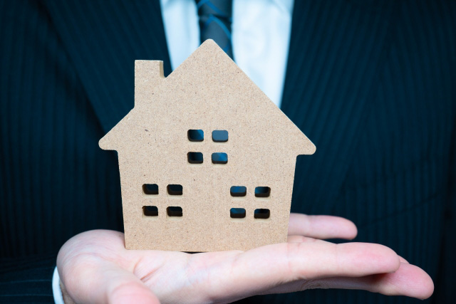 ビジネスマンが定年前後に考えるべき不動産の小型化
